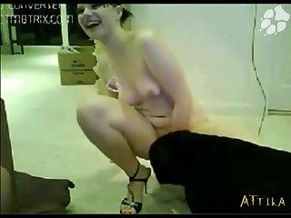 1583 Amateur Webcam Couple Dog Fuck (part 2)